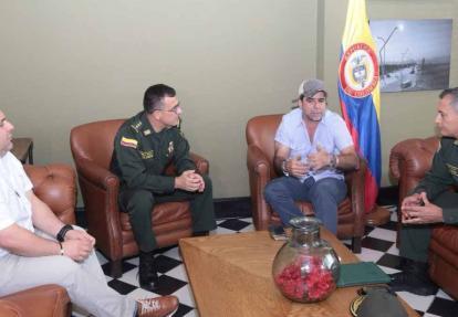 De izquierda a derecha: Yesid Turbay, general Jorge Luis Vargas, Alejandro Char y general Mariano Botero Coy.