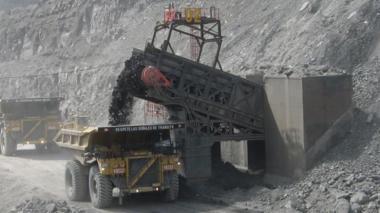 El carbón es un puente