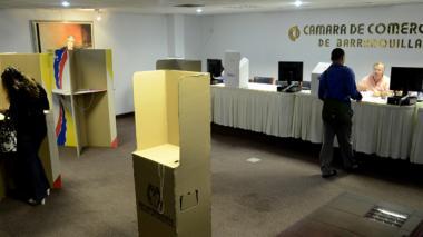Comisión de la SIC revisa elecciones de Camcomercio