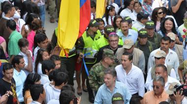 """""""La paz no será del Gobierno, será de todos"""": Santos"""