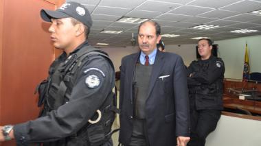 El exsubdirector del DAS José Miguel Narváez, a la salida de una de las audiencias que se cumplieron en Bogotá.
