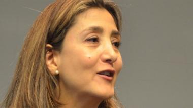 Alianza Verde viaja a París para 'reclutar' a Ingrid Betancourt