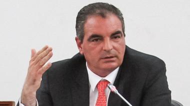 Aurelio Iragorri, ministro de Interior.