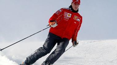 Michael Schumacher practicando esquí, en el 2004.