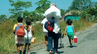 HRW dice que 150.000 colombianos son desplazados cada año por la violencia