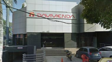 Asaltan banco Davivienda de la calle 82