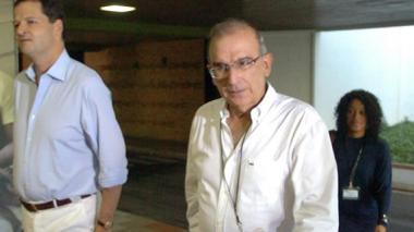Diálogo de paz abre nuevo ciclo en Cuba rodeado de polémicas