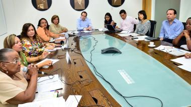 El panel electoral fue presidido por el director de EL HERALDO, Marco Schwartz, y Fidel García del PNUD.