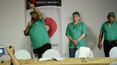 Poncho Zuleta estuvo presentando su disco en la ciudad, en compañía de su acordeonista el Cocha Molina.