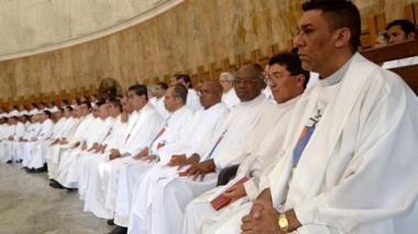 Un total de 182  sacerdotes  de la arquidiócesis de Barranquilla estuvieron ayer reunidos en la Misa Crismal en la Catedral.