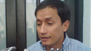 El director de la CRA, Alberto Escolar, advirtió sobre las personas que suplantan a funcionarios de esa entidad.