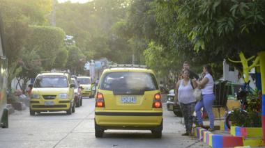 Taxistas anuncian paro para el 28 de julio