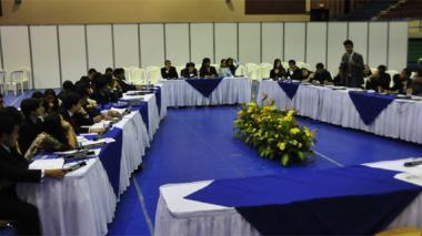 Del aula a la asamblea, 32 colegios en el IV MOEA