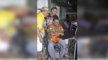 La aventura de 'picotear' en una silla de ruedas