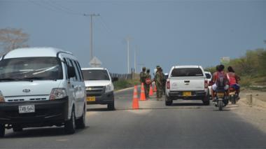 El tráfico vehicular hacia Barú fue normal ayer domingo.