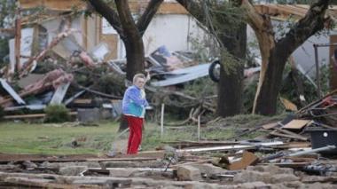 Una mujer muerta y una docena de heridos por tornados en el centro de Estados Unidos