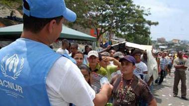 Más de 700 indígenas desplazados por combates del ELN y Ejército en Colombia