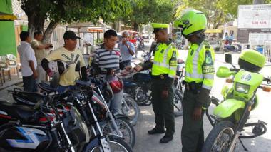 30 policías llegan a regular el tránsito en Atlántico