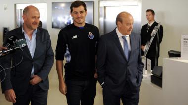 Iker Casillas visitó el museo del Porto
