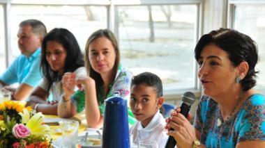 La Fundación Pies Descalzos destaca el apoyo de la ONG española Ayuda en Acción y finaliza la alianza que mantenían desde el 2009 a favor de los niños de La Playa.