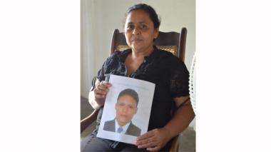 """Que investiguen si hubo una tercera persona en el hotel"": madre de Fernán Vellojín"