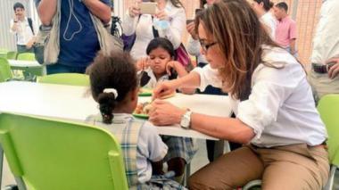 """""""No vamos a continuar con los contratos de comedores escolares en Atlántico y Bolívar"""": Ministra de Educación"""