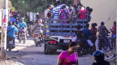 Wayuu denuncian que ni a ellos los dejan pasar la frontera