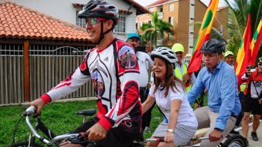 Alcaldes Elsa Noguera recorrió parte de esta obra a bordo de una bicicleta,