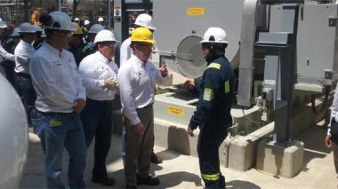 """""""Refinería de Cartagena aumentará en 10% el PIB de la industria"""": Santos"""