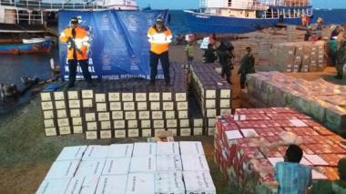 Decomisan el más grande cargamento de whisky en La Guajira