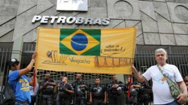Petrobras dice que huelga reduce su producción petrolera en un 8,5 %