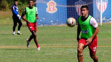 Michael Ortega en un entrenamiento del Junior, en Barranquilla.