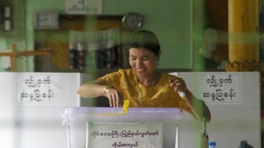 Birmania celebró sus primeras elecciones libres en 25 años