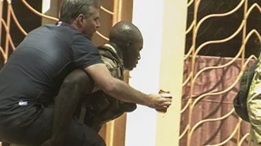 Ataque a hotel con turistas en Malí deja al menos 27 muertos