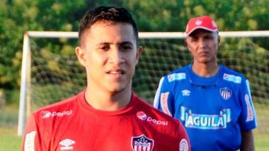 El técnico Alexis Mendoza perdió confianza en el volante creativo Michael Ortega.