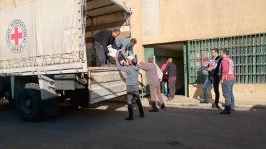 Convoy humanitario se aproxima a poblaciones sirias de Madaya, Fua y Kefraya