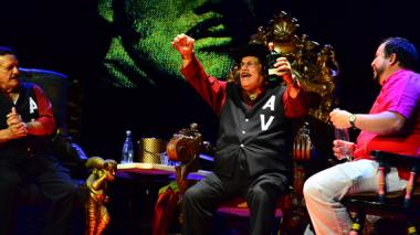 Guaracha y risas, los compases de Aníbal 'Sensación' Velásquez en el Carnaval de las Artes