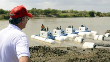 Instalan sistema de bombeo de agua en El Guájaro