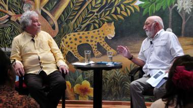 Juan Gossaín y Juan Manuel Roca se presentaron en La Cueva