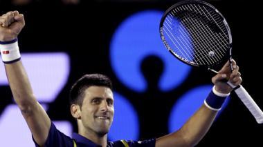 El serbio Novak Djokovic celebra el paso a la gran final del Australian Open.