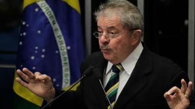 Lula pide que no se le vincule al caso Petrobras