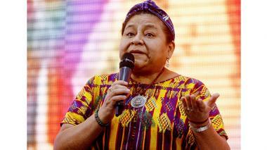 Ritual indígena en Riohacha con Rigoberta Menchú
