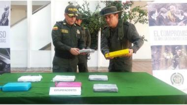 Incautan 422 kilos de cocaína en dos operativos en la Costa