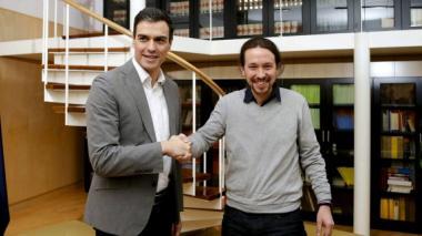 Socialista Pedro Sánchez rechaza las negociaciones en exclusiva con Podemos