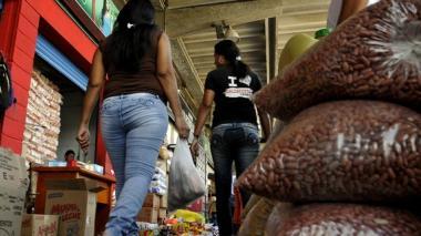 Precios de los alimentos incrementan inflación anual hasta un 7,45 %