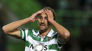 Sporting, con Teo en la titular, pierde el liderato