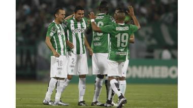 Atlético Nacional venció 2-0 a Peñarol y continúa líder del grupo 4
