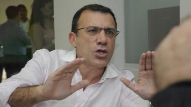 Roy Barreras rechaza petición de Eduardo Montealegre sobre plebiscito por la paz