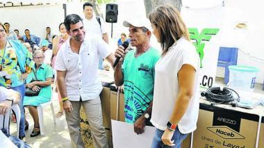 """""""275 mil personas salieron de la pobreza en Barranquilla"""""""