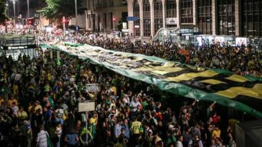 Divulgación de escuchas telefónicas de Lula y Dilma Rousseff eleva tensión en Brasil